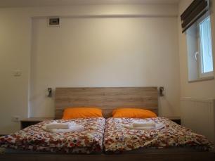 Sleepingroom02