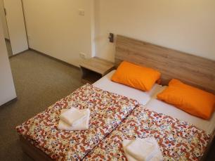 Sleepingroom03